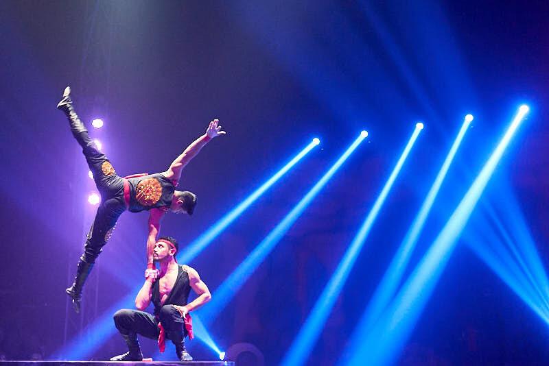 fotografía del increíble espectáculo del circo alegría en salamanca