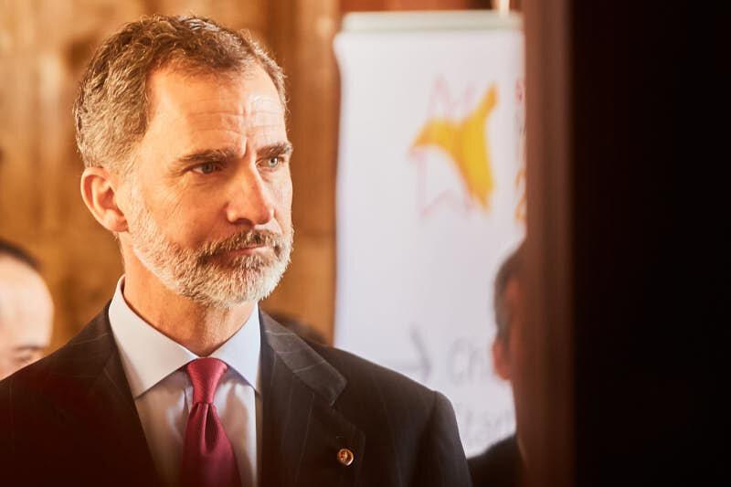Fotógrafos de eventos en un evento en salamanca con el Rey de España